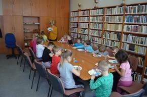 Den vody v knihovně